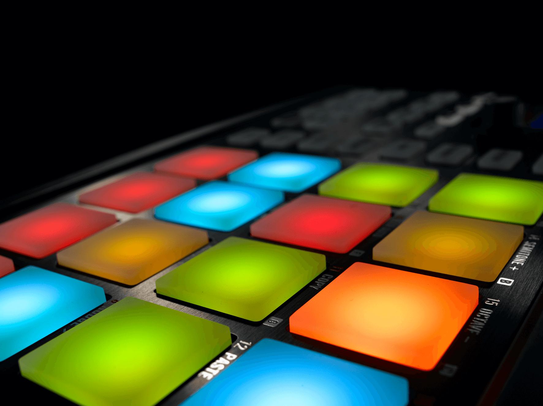 maschine-kits NI_Maschine_Mikro_Detail_01