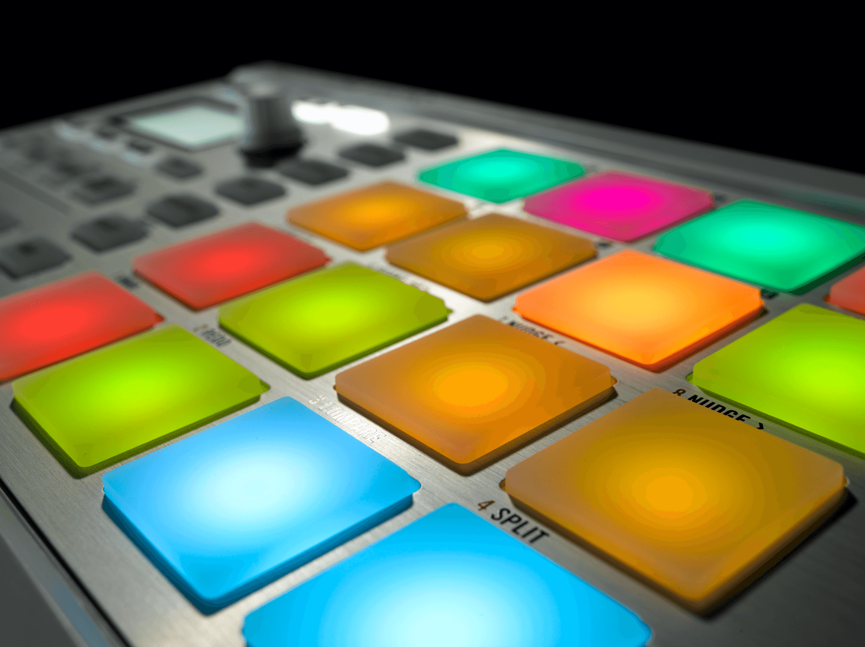 maschine-kits NI_Maschine_Mikro_Detail_04